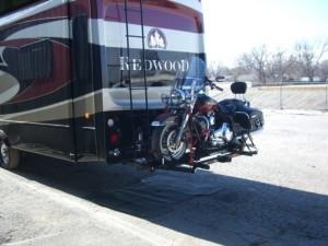 Custom built power lift for motorcycle